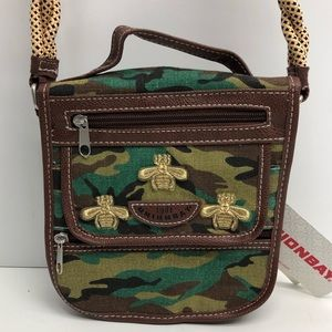 ⭐️ Unionbay Organizer Camo Crossbody Bag ⭐️